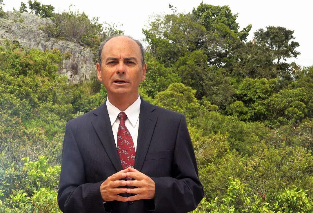 Dario Mendoza experto en coaching asistido con caballos y gestion humana